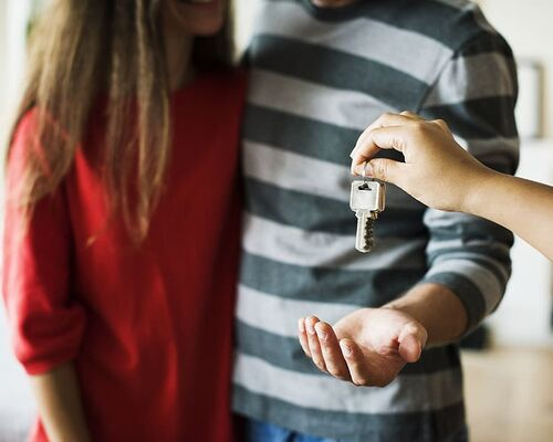 couple-investment-key-mortgage